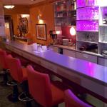Bar | bar